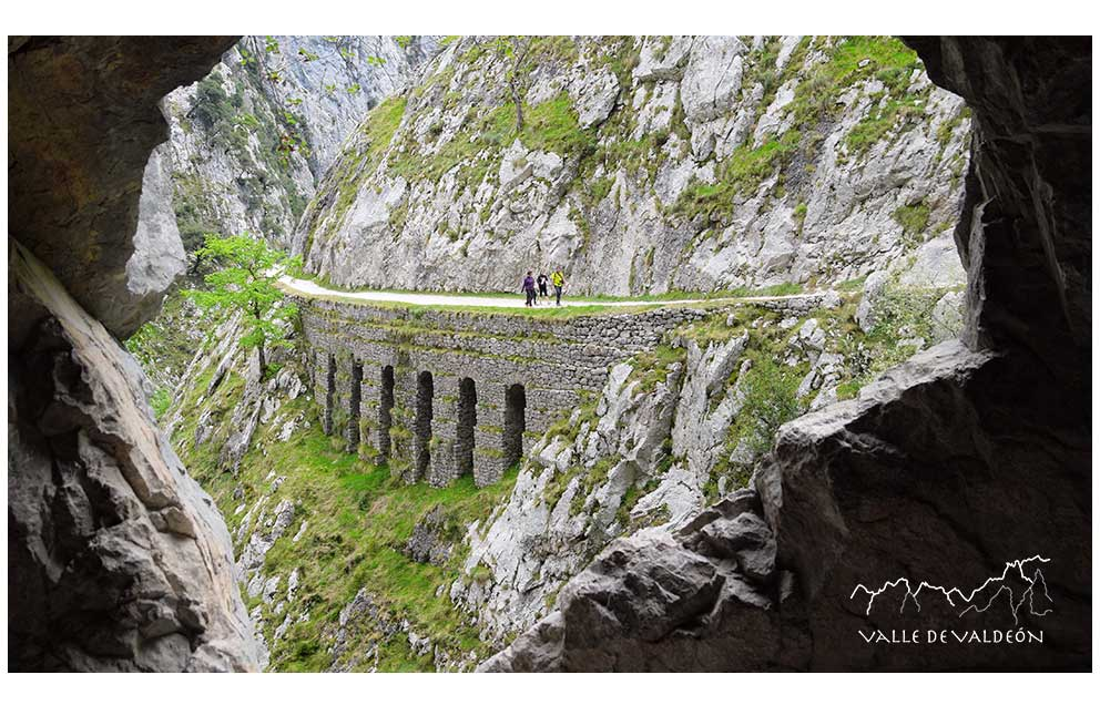 Ruta del Cares, Valle de Valdeón