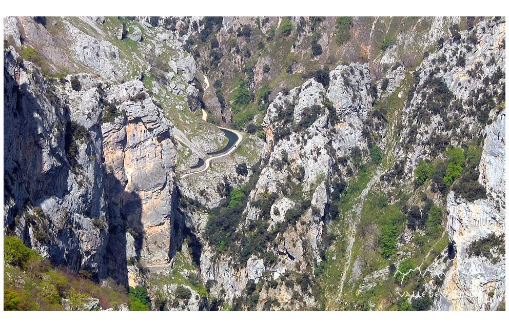 Ruta del Cares vista por encima del Sedo Mabro